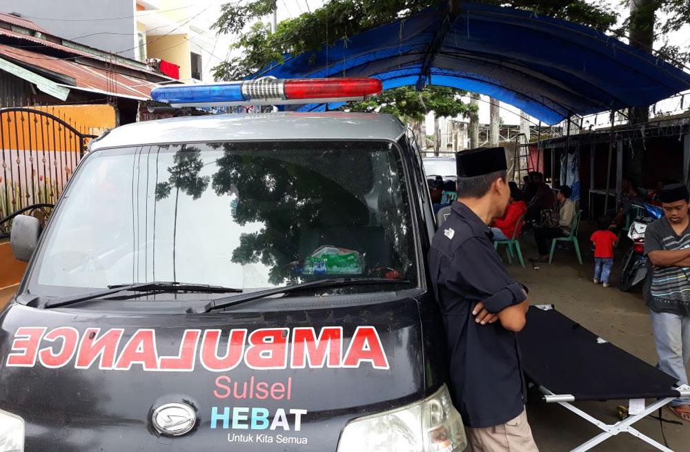 Potret Ambulans SulSel Hebat: Antar jenazah sampai ke pelosok!